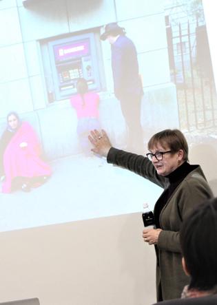 「未来×デザイン」思考プロジェクト 2019 基調セミナーレポートジュリア・カセム氏「Inclusive Design for Social Innovation」